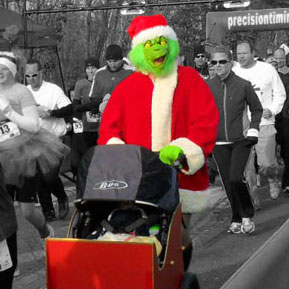 grinch runs in a 5K